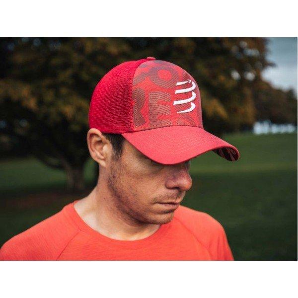 Кепка Compressport TRUCKER CAP Красная